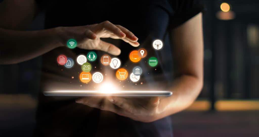 Programme auf Tablet